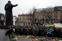 Lviv mourning the dead