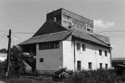 Belz synagogues