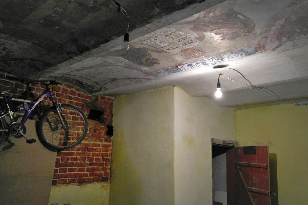 Hidden prayer room in Lviv