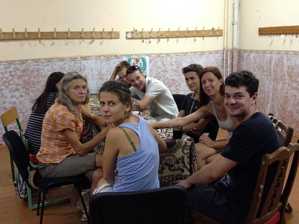 This year's volunteers in Czernowitz - photo by Antek