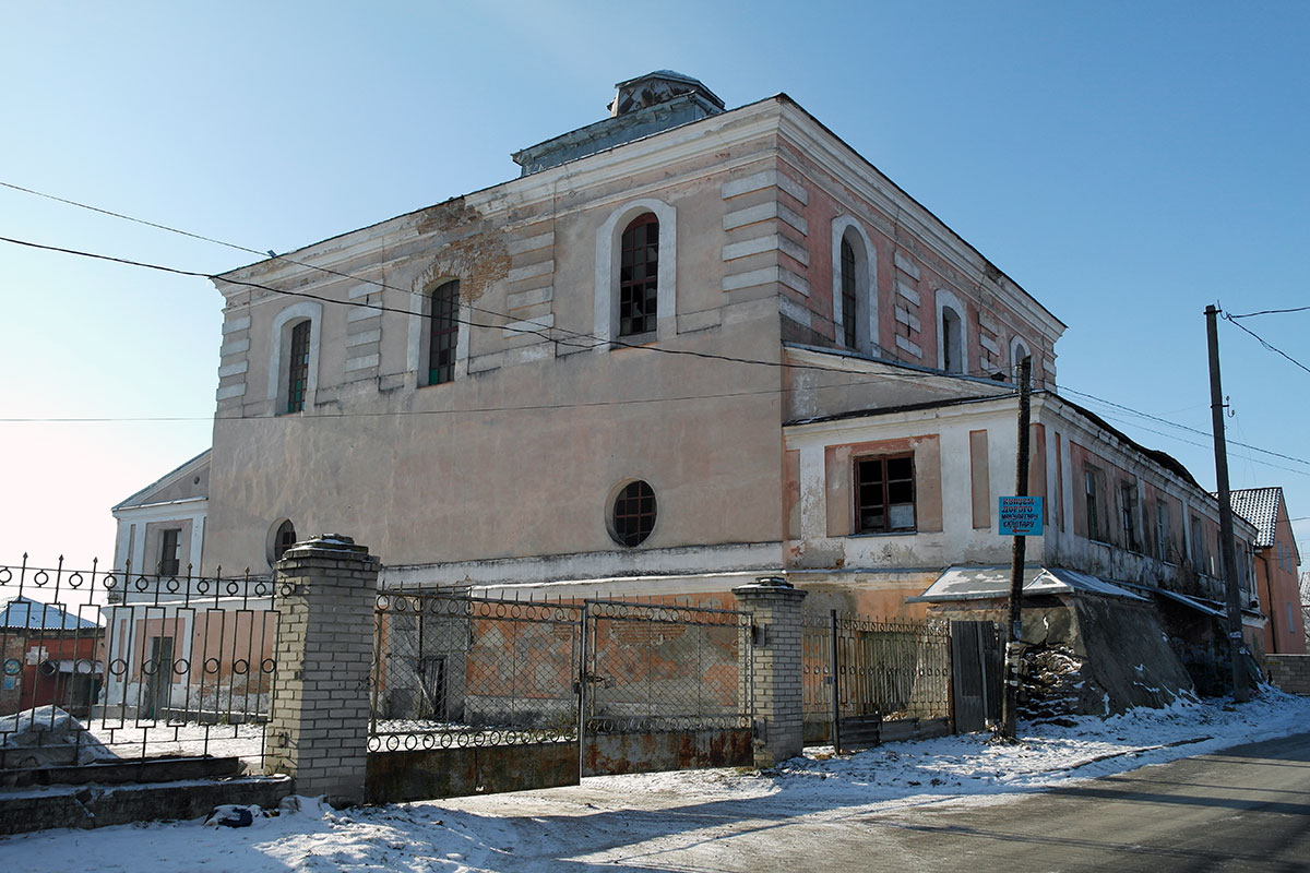 Dubno synagogue