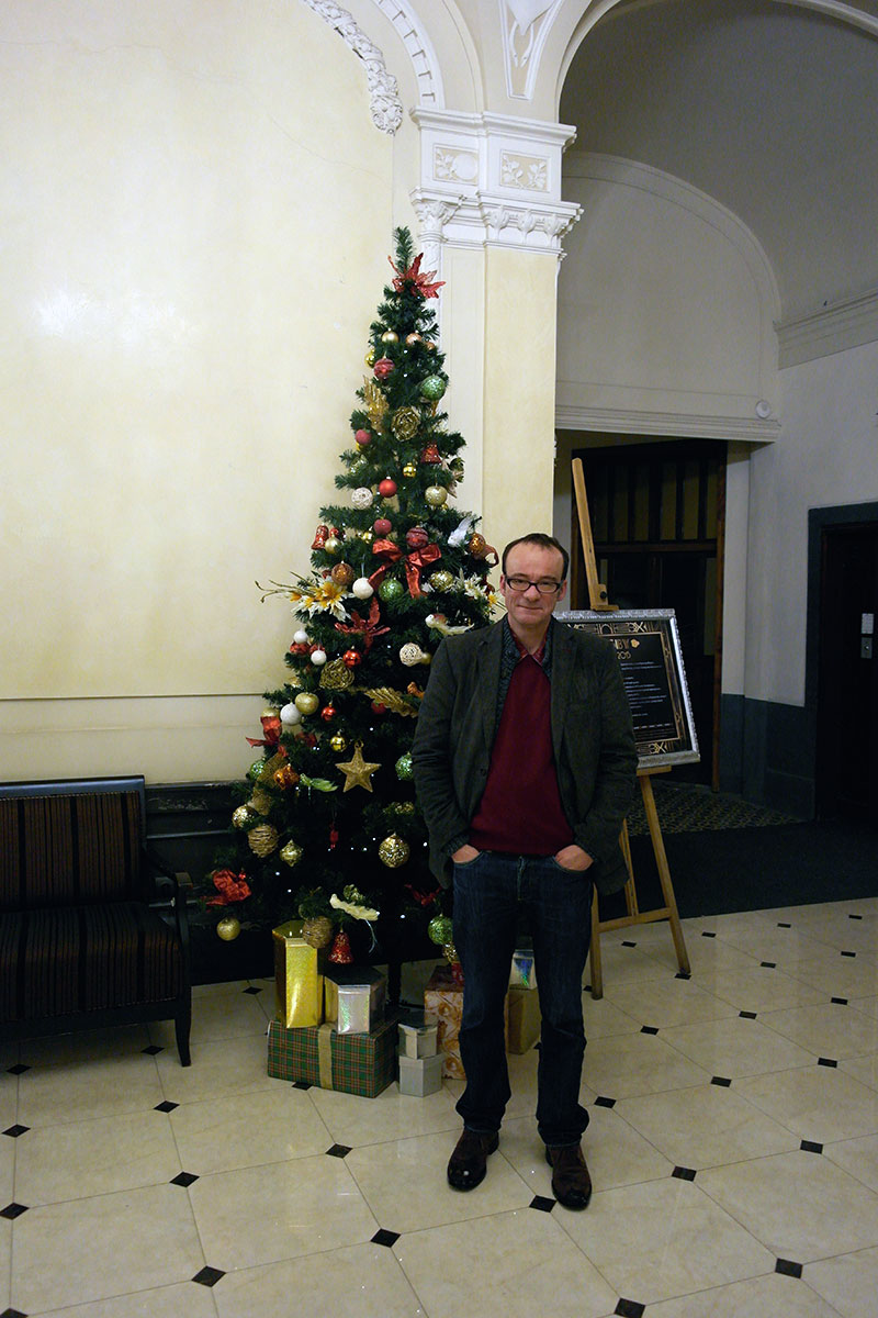 Christmas tree (left), me (right) in George Hotel :-)
