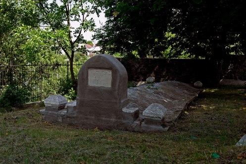 Nemiriv - mass grave