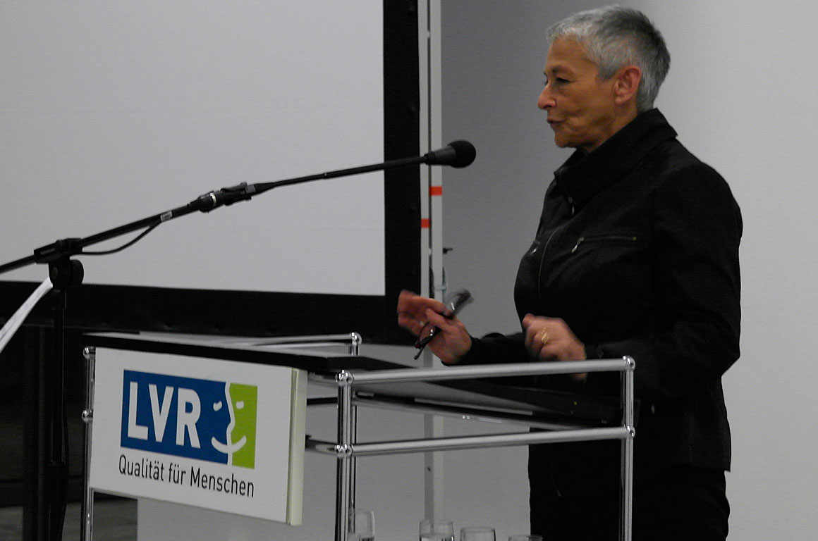 Varda Ghivoly - representative of Drohobycz Borysław and Vicinity Organisation - speaking