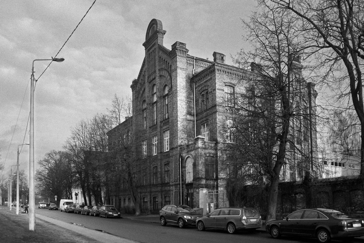 Former Jewish craftsmen school - a place of further education