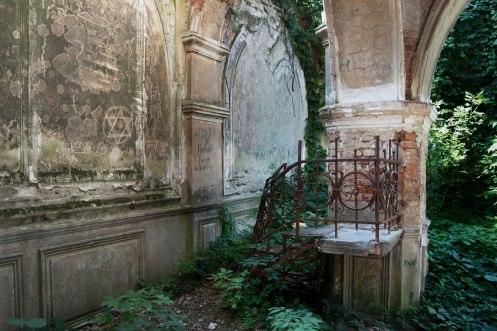 Mortuary at the Jewish cemetery, Chişinău, Moldova