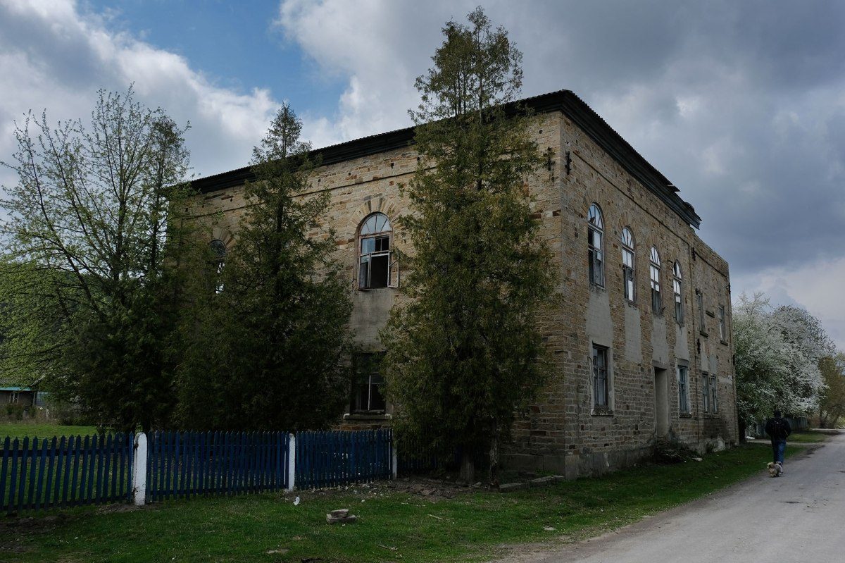 Budaniv synagogue
