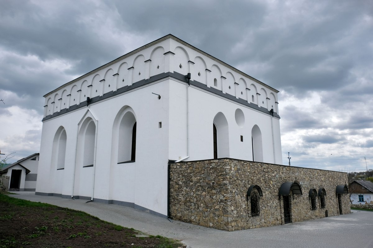 Sataniv synagogue