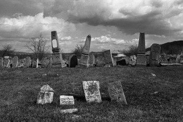 Jewish cemetery, Otaci, Bessarabia, 2016