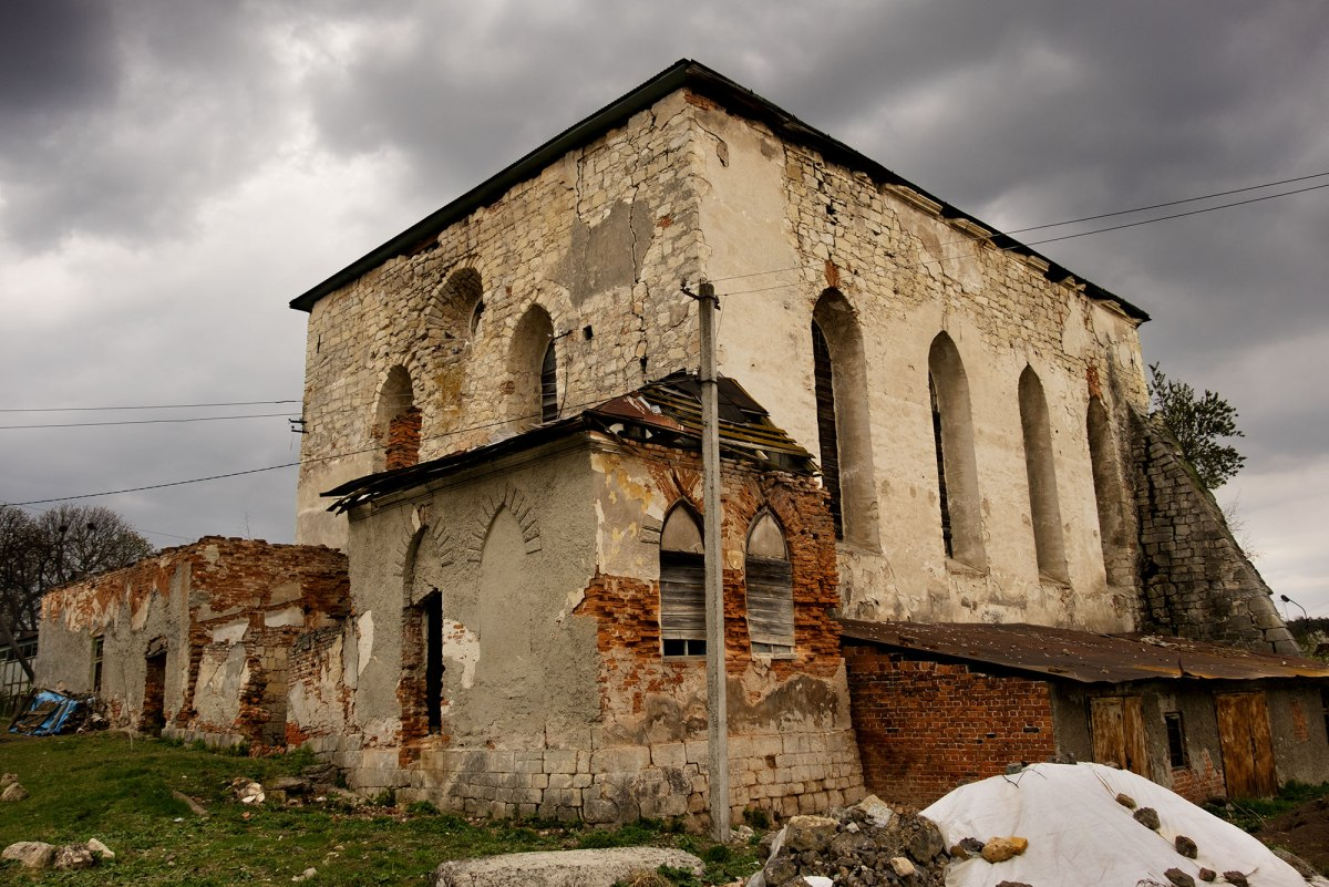 Pidhaitsi synagogue, Ukraine