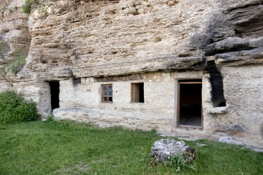 Tipova - cave monasteries