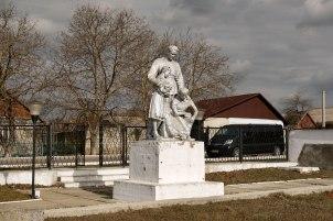 Dubăsari mass killing site - Soviet memorial