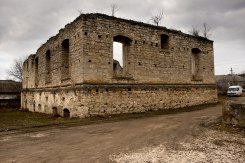 Raşcov Hasidic court - ruin of the synagogue