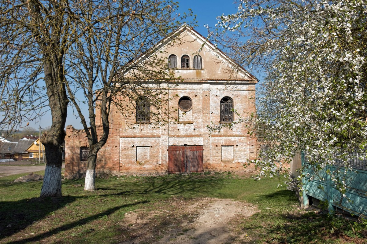 Indura synagogue