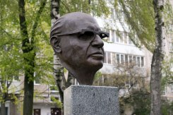 Brest - monument for Israeli prime minister Menachem Begin