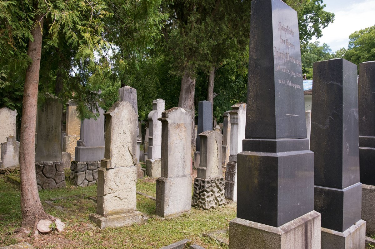 Regensburg - Jewish cemetery